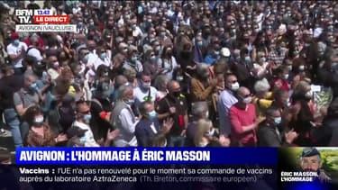 Avignon: vifs applaudissements en hommage à Éric Masson