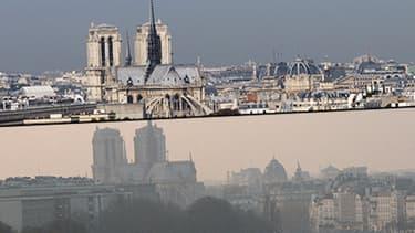 Notre-Dame de Paris, le 21 octobre et le 13 mars.