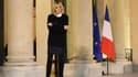 Brigitte Macron sur le perron de l'Elysée le 20 novembre 2017.
