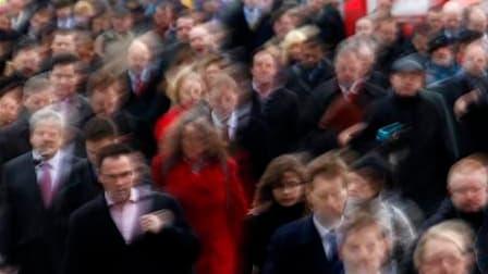 Le taux de chômage en France au sens du Bureau international du Travail (BIT) a légèrement reculé, de 0,1 point, au deuxième trimestre à 9,1% en moyenne en métropole (9,6% en incluant les départements d'outre-mer), selon les données corrigées des variatio