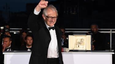 Ken Loach reçoit sa Palme d'Or à Cannes