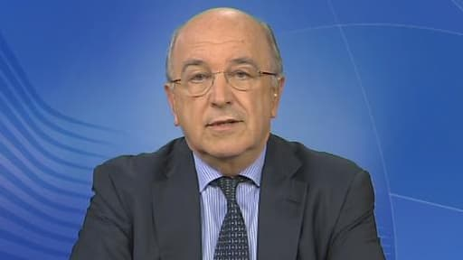 """Joaquin Almunia considère que l'entrée de Paris au capital de PSA ne constitue pas """"une aide d'Etat""""."""