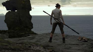 """Daisy Ridley dans """"Star Wars - Les Derniers Jedi"""", en salles le 13 décembre 2017"""