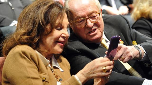 Jany et Jean-Marie Le Pen, ici en 2012, se sont mariés religieusement samedi 16 janvier 2021