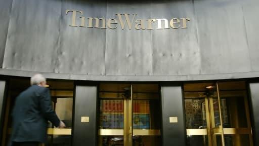 """Rupert Murdoch est """"déterminé"""" à racheter Time Warner."""