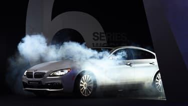 Le groupe BMW orchestre une campagne de recrutement inédite qui se déroulera au prochain Mondial de l'Automobile.