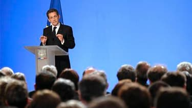 """Nicolas Sarkozy, qui a réuni mercredi à l'Elysée les préfets, procureurs généraux, recteurs et inspecteurs d'académie pour leur présenter sa vision de la lutte contre les violences à l'école et contre l'absentéisme scolaire, a de nouveau promis d'être """"in"""