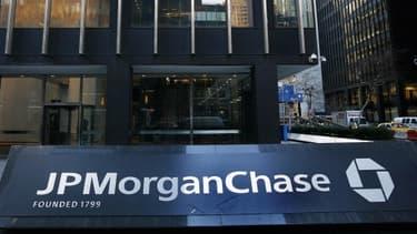 JPMorgan n'en a visiblement pas terminé avec l'affaire de la baleine de Londres. Un rapport parlementaire lui reproche d'avoir minimisé l'ampleur de ses pertes auprès des investisseurs et des autorités.