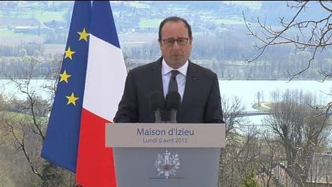 """Hollande à Izieu: """"le repli et l'isolement sont des poisons mortels pour une nation"""""""
