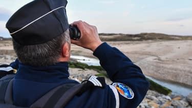 Un gendarme en patrouille près de Calais, en avril 2019. (Illustration.)