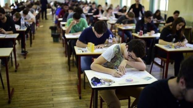 Des lycéens en train de plancher sur les épreuves du baccalauréat (Photo d'illustration)