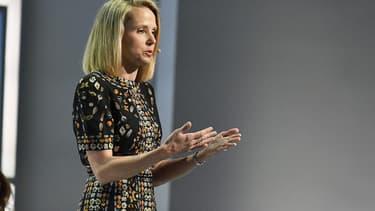 La décision de vendre le coeur de métier de Yahoo! à l'opérateur Verizon a été pour Marissa Mayer un constat d'échec.