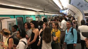 Un nouveau service de dépôt de plainte dans le métro est en test.