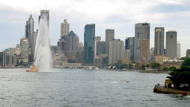 Pour pouvoir profiter à vie du port de Sydney, il faut être prêt à soutenir l'économie locale.