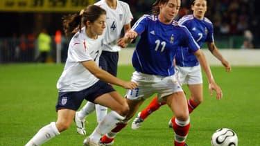 Les budgets du foot féminin sont encore loin derrière ceux du foot masculin.