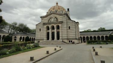 Le crématorium du cimetière du Père-Lachaise est arrivé à saturation.