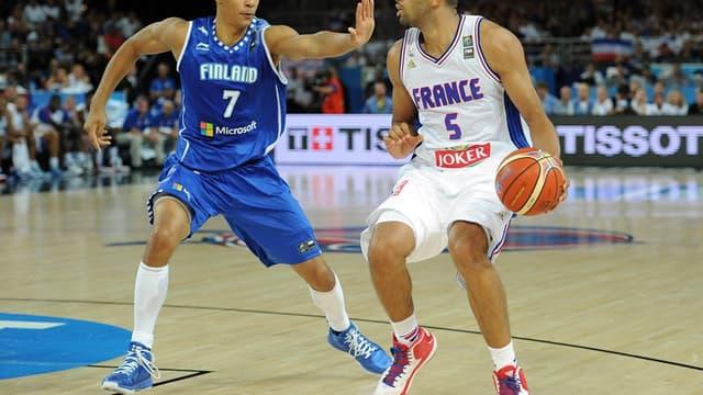 Nicolas Batum contre la Finlande