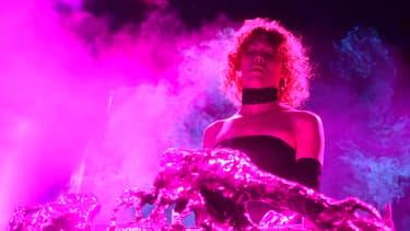 SOPHIE sur scène à Coachella en avril 2019