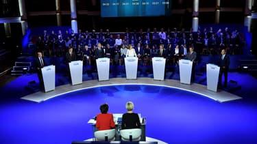 Les sept candidats à la primaire de la droite se retrouvent jeudi pour un troisième et ultime débat avant le premier tour dimanche prochain.