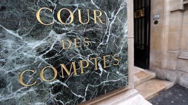 La Cour des comptes appelle les collectivités à poursuivre leurs efforts.