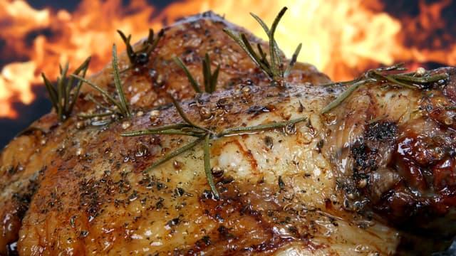 Si l'agneau est particulièrement cher en France, le boeuf, le poisson et surtout le porc y sont bien plus abordables que dans de nombreux pays occidentaux.