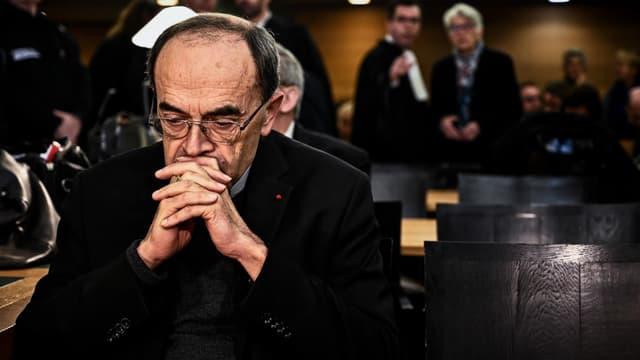 Le cardinal de Lyon Paul Barbarin au tribunal de Lyon pour son procès, le 7 janvier 2019
