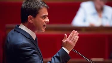 Le Premier ministre Manuel Valls s'exprime à l'Assemblée nationale, jeudi 12 mai 2016