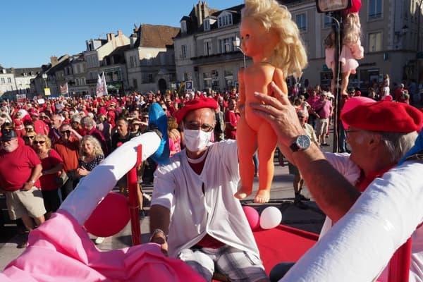 Une manifestation contre la fermeture de la maternité du Blanc, dans l'Indre, en septembre 2018