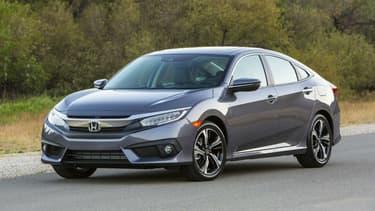 C'est une Honda Civic comme celle-ci que Brevan Jorgenson a transformé en voiture autonome.