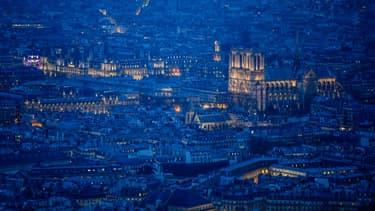 200 sites parisiens seront éteints samedi soir pour le Jour de la nuit.