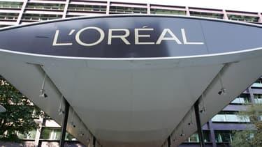La société canadienne ModiFace a développé des technologies d'essai virtuel 3D de maquillage, coloration et diagnostic de peau, utilisant un smartphone.