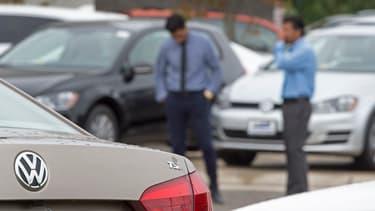 Volkswagen a indiqué que près d'un million de véhicules équipés du logiciel truqueur avaient été vendus en France.