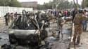 Trois voitures piégées ont explosé dimanche matin dans le centre de Bagdad, près des ambassades d'Iran (photo), d'Egypte et d'Allemagne, faisant au moins 30 morts et 168 blessés. /Photo prise le 4 avril 2010/REUTERS/Saad Shalash