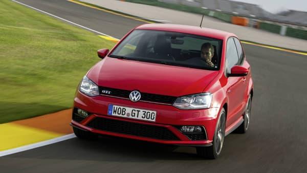 La Volkswagen Polo revient dans le top 10 des modèles les plus vendus en France en janvier 2016.