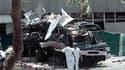 Sur les lieux de l'attentat-suicide de mai 2002 à Karachi dans lequel avaient péri 14 personnes, dont 11 employés français de la Direction des constructions navales qui travaillaient sur place pour un contrat de livraison de sous-marins Agosta au Pakistan