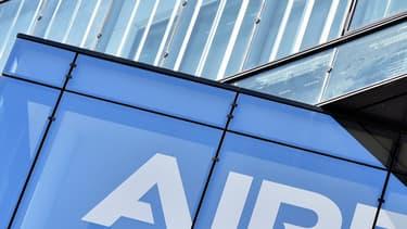 Airbus dit coopérer avec les autorités britanniques.