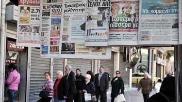 A Athènes, les clients de Cyprus Popular Bank, la seconde banque chypriote, tentent de retirer leurs économies, le 22 mars 2013.