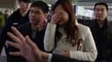Les familles déplorent le manque d'informations apportées par Malaysia Airlines.