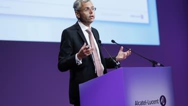 Michel Combes quitte Alcatel-Lucent .