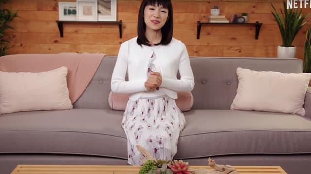 Marie Kondo dans le programme que lui consacre Netflix.