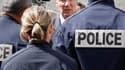Brice Hortefeux en déplacement à Lyon, jeudi dernier. Le ministre de l'Intérieur s'est défendu mercredi de vouloir supprimer les Unités territoriales de quartier (UTeQ), dispositif symbolisant un retour à une police de proximité, et a évoqué une simple év