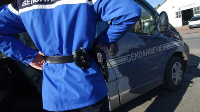 Un gendarme, image d'illustration