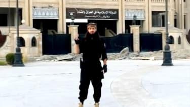 Maxime Hauchard est un Français de 22 ans, parti rejoindre les rangs de Daesh en Syrie il y a plus d'un an.