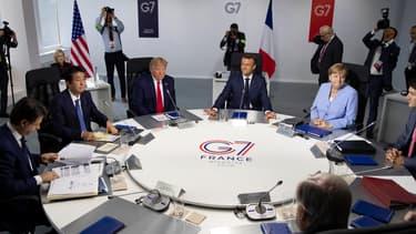"""Les ministres des Finances et banquiers centraux des pays membres du G7 ont indiqué """"suivre avec attention l'épidémie de coronavirus 2019 (Covid-19) et ses conséquences sur les marchés et les conditions économiques""""."""