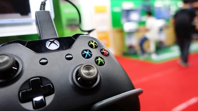 Les joueurs de Xbox (ci-dessus) et de Playstation ne peuvent actuellement plus connecter leur console aux services en ligne en raison d'un piratage.