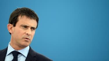 Le Premier ministre Manuel Valls, ici à Gasny lors d'une visiste dans une entreprise de la ville