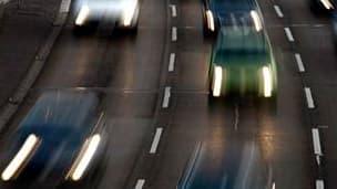 Le nombre de morts sur les routes françaises a augmenté de 13,1% le mois dernier par rapport à juillet 2009 pour s'établir à 448, selon les chiffres publiés par la Sécurité routière. /Photo d'archives/REUTERS/Fabrizio Bensch