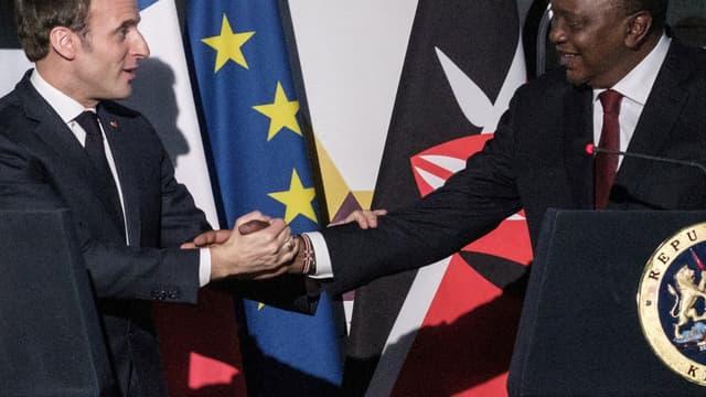 Emmanuel Macron a rencontré  Uhuru Kenyatta, président kényan, à l'issu d'une tournée est-africaine
