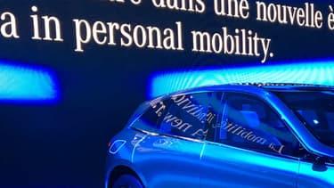 Le concept Generation EQ est une Mercedes 100% électrique. Un modèle de série en découlera l'année prochaine, avant la mise en vente d'une gamme complète de 10 modèles 100% électrique d'ici 2025.