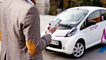 Le service emov proposé à Madrid est le fruit d'une alliance stratégique entre Eysa et Free2Move, la marque de services de nouvelles mobilités du Groupe PSA.